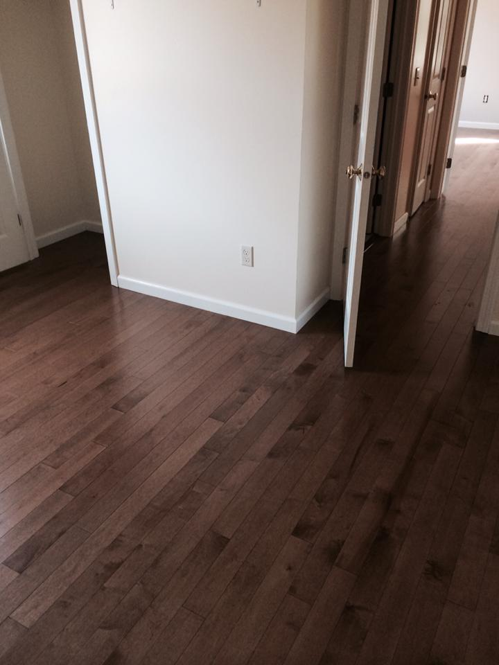 medium-wood-floor-and-hallway